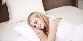 5 Ways To Fall Asleep Faster, Naturally
