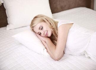 5 Ways To Fall Asleep Faster, Naturally